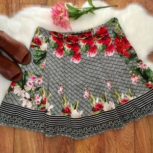 WHITE HOUSE BLACK MARKET • Floral Circle Skirt